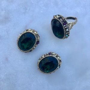 Green jewel adjustable ring and clip on earrings